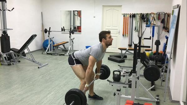 тренировка со штангой